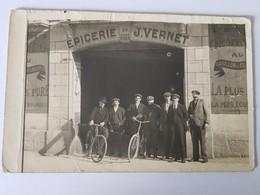 Employés Devant épicerie J.VERNET DIJON - Dijon
