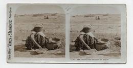 Ancienne CARTE Vue Stéréoscopique Vues D'Algérie Femme Arabe Fabriquant Des Poteries - Photos Stéréoscopiques