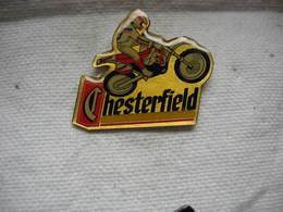 Pin's Moto De La Team CHESTERFIELD - Motorbikes