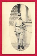 Deux Photographies Anciennes Datées De 1932 - Portraits De Militaires - Insignes Régimentaires 110 Et 509 - Guerre, Militaire