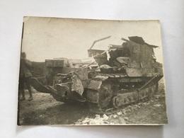 Photo D'un Char Français Complètement Détruit 1914-1918 11,5 X 8,5 Cm - 1914-18
