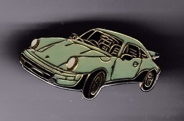 Pin's PORSCHE VERTE - Porsche