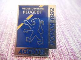A001 -- Pin's Peugeot Agents Forum 1992 - Peugeot