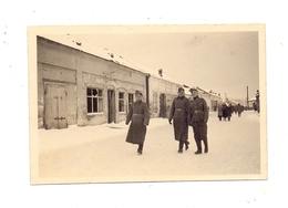 UKRAINE - SLOWJANSK / SLAWJANSK, Deutsche Soldaten Während Des 2.Weltkriegs, Photo 9,2 X 6,1 Cm - Ukraine