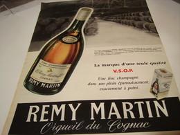 ANCIENNE PUBLICITE COGNAC REMY MARTIN 1956 - Alcoholes