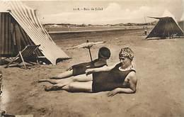 - Themes -ref.A831 - Plage A Identifier - Bain De Soleil - Baigneuse - Baigneuses - Carte Bon Etat - - Cartes Postales