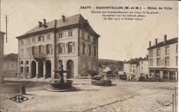 D54 - BADONVILLER - HOTEL DE VILLE DETRUIT PAR BOMBARDEMENT AU COURS DE LA GUERRE RECONSTRUIT SUR LES MEMES PLANS DE ... - France