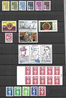 Saint Pierre Et Miquelon  Lot De Timbres N** MNH - Collections, Lots & Séries