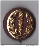 INSIGNE DE BÉRET . SERVICE SANTÉ . COINDEROUX PARIS - Réf. N°58M - - Services Médicaux