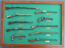 Miniatures D'armes - Militaria