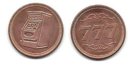 Brass Colored Token With 7's And Picture Of Slot Machine - Jetons & Médailles