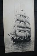 Ascension - CP Publicitaire IONYL - Voilier - Ships