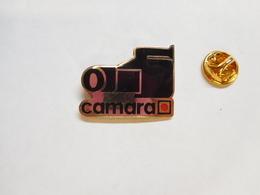 Superbe Pin's En EGF , Photo , Camara , Camescope - Fotografía
