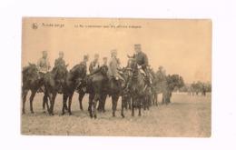 Armée Belge.Le Roi S'entretenant Avec Des Officiers étrangers. - Manöver