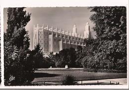 Casablanca: La Cathédrale - Tournon, Architecte - Timbre Mohammed V - 1957 - - Casablanca