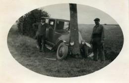 France Mémoires D'une Dépanneuse Accident De Voiture Arbre Ancienne Photo 1935 - Cars
