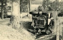 France Mémoires D'une Dépanneuse Accident De Camion Renverse Ancienne Photo 1935 - Cars
