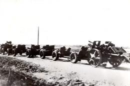 WWII Russie Canons Allemands Captures En Route Pour Le Front De L'Est Ancienne Photo 1941 - War, Military