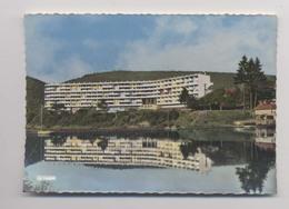 REVIN - Le Bloc 105 - Cité HLM - Revin