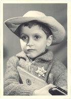 Photo Garçonnet Déguisé En Cowboy - Photos