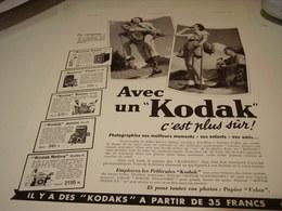 ANCIENNE AFFICHE  PUBLICITE EN CAMPING CINE-KODAK HUIT 1939 - Photography