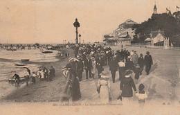 Gironde : ARCACHON : Le Boulevard - Promenade - Arcachon