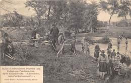 30-ALAIS- LES INONDATION D'OCTOBRE 1907, ENFANTS AUX PRES-SAINT-JEAN- APRES LA GARDONNADE - Alès