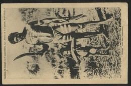 NATIVES Avec Leur Boumerang - Aborigènes