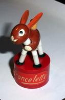 Wakouwa Figurine LAPIN - Francelette/Régilait - Horses