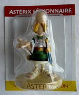 FIGURINE EN RESINE ASTERIX ATLAS 28 ASTERIX LEGIONNAIRE 1 Neuf Sous Bister 1 Fèle Sur Une Jambe - Asterix & Obelix