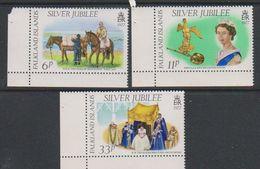 Falkland Islands 1977 Silver Jubilee 3v (corners) ** Mnh (39788) - Falklandeilanden