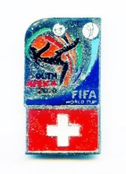 Football, Soccer, Calcio, SOUTHAFRICA 2010 World Cup, Switzerland Team, Pin (513) - Football