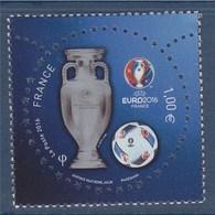 = UEFA Euro 2016 - 1.00€ Neuf La Coupe, Le Ballon (en Relief), Le Logo N°5039 - Coins Datés