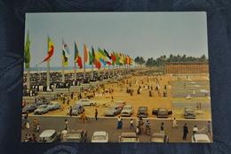 Afrique Republique Du Dahomey Cotonou Palais De La Presidence Place De L Independance Vue Du Palais Voitures - Dahomey