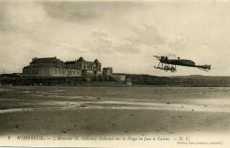 2 Wimereux. L'Aviateur H. Gournay Evoluant Sur La Plage En Face Le Casino. (62 P. De C.). H.C. - France