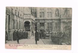 Les Turcos Défilant à Furnes Devant Le Roi Albert Après Avoir été Félicités Pour Leur Héroïque Conduite à Ramscapelle. - Guerre 1914-18