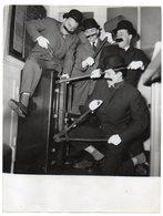 """Artiste-Chanteurs-Musiciens-""""Les Frères Jacques"""" --Photo Originale PARIMAGE --format  24cm X 18,5cm - Chanteurs & Musiciens"""