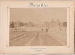 Photo VERSAILLES Sur Carton Recto : Vue Générale Du Château, Verso : Le Château Bassin De Latone - Voir Description - Anciennes (Av. 1900)