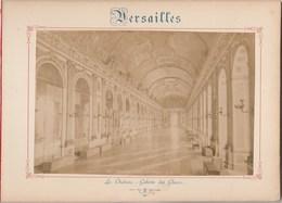 Photo VERSAILLES Sur Carton Recto : Le Château Galerie Des Glaces, Verso : Le Petit Trianon - Voir Description - Photos