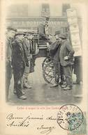 - Paris -ref- B824- Cocher Et Sergent De Ville - Police - Metiers - Magasin Oudine Dorure - Magasins - Edit. Kunzli - - Petits Métiers à Paris