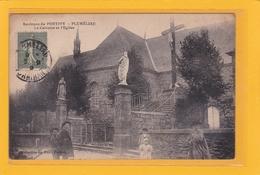 PLUMELIAU -56- (Environs De Pontivy) - Le Calvaire Et L'Eglise - Animation - Pontivy