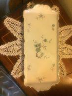 Elegante Vassoio In Ceramica Porcellana Bianca E Fiori Anni 40 - Céramiques