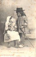 Thèmes - Enfant - Scène - Couple D'enfants - Voué-tu Qué Yo T'embrassé - Scènes & Paysages