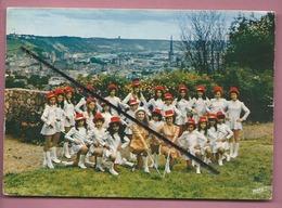 """CPM - Rouen - Ses Majorettes """"Les Miss De Haute Normandie """" -  Majorette - Rouen"""