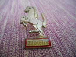 A009 -- Pin's Ferrari - Ferrari