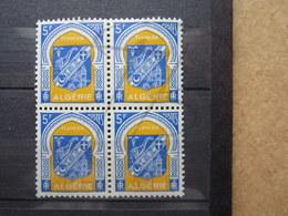 VEND BEAUX TIMBRES D ' ALGERIE N° 337C EN BLOC DE 4 , XX !!! - Algeria (1924-1962)