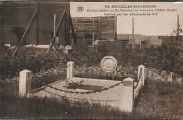 Schaerbeek Tombe Edifiee Au Tir National En Memoire D Edith Cavell Fusillee Par Les Allemands En 1915 - Schaerbeek - Schaarbeek