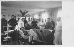 """MOULIN - Carte-Photo De L'Hopital Militaire  - Blessés, Infirmières , Guerre 1914-18  - Photographe """" Scharlowsky """" - Moulins"""