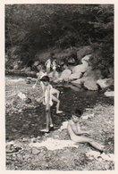 86Vn  Photo 04 Bayons Scouts Louveteaux Le Bain - Fotografie