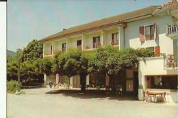Dingy-Saint-Clair  74    600m   L'Hotel Du Fier  Avec Sa Terrasse Animée - Dingy-Saint-Clair